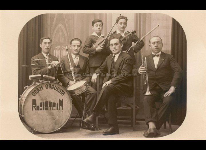 Gran Orquesta Rubistein . / José Moreira [1928-1930 (?)] / PROCEDENCIA: Arquivo José Moreira e album familiar Anunciación Coto Maceira