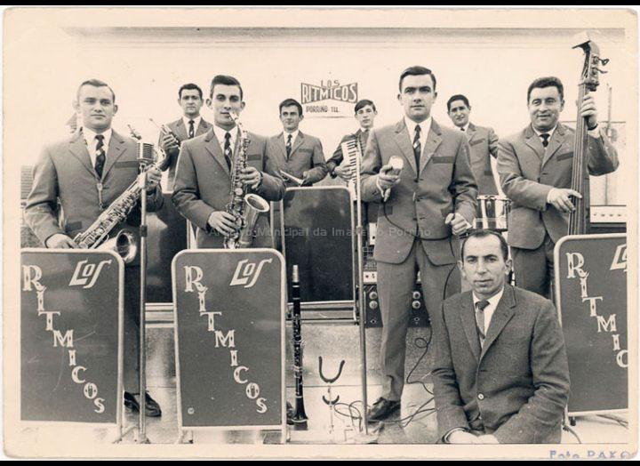 Orquestra Los Rítmicos. / Foto Pako [1967-1968] / PROCEDENCIA: Recollida O Porriño. Album familiar Jesús Rodríguez Crespo