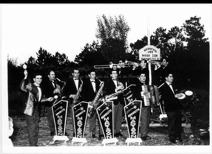 Orquestra Los Madison. / Foto Magno [1950-1960 (?)] / PROCEDENCIA: Arquivo Magno