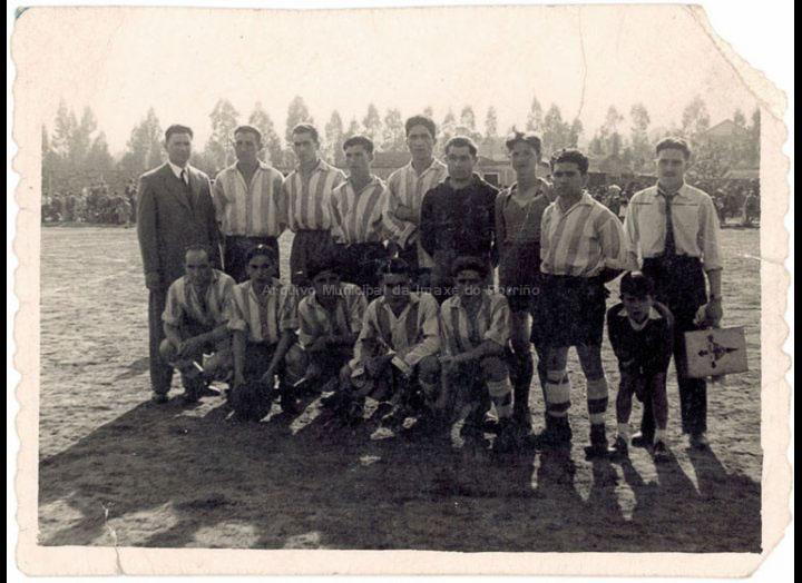 Porriño F. C. / Company [1950 – 1960 (?)] / PROCEDENCIA: Recollida O Porriño. Album familiar Josefa Sío Casales