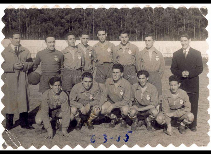 Louriña F. C. / Company [06-03-1955] / PROCEDENCIA: Recollida O Porriño. Album familiar Joaquín Diz Tato