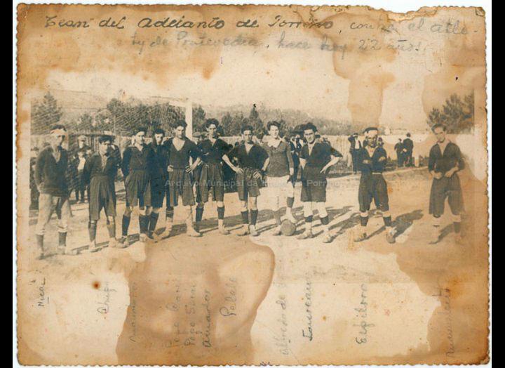 Adelanto F. C. / Pacheco [1920 – 1930 (?)] / PROCEDENCIA: Recollida O Porriño. Album familia Miranda (Manuel Lamas Estévez)