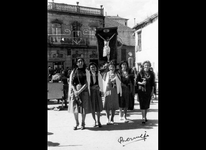 Procesión do Cristo. / Agustín Bermejo [1955 - 1965 (?)] / PROCEDENCIA: Arquivo Bermejo