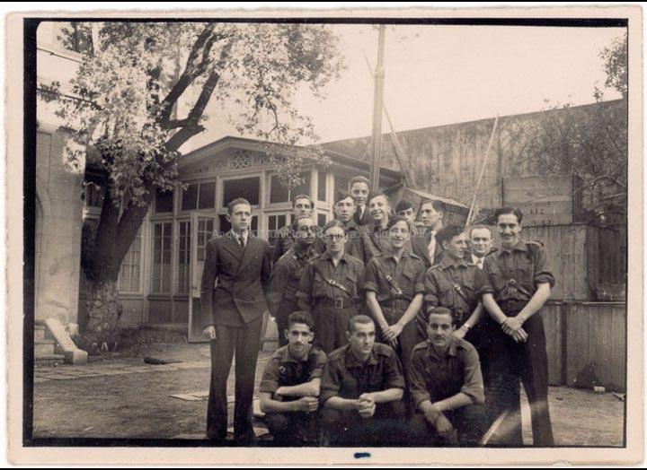 Grupo de emigrantes falanxistas en Bos Aires. / Autor descoñecido [1938] / PROCEDENCIA: Recollida O Porriño. Album familiar de Arturo Veloso Bugarín