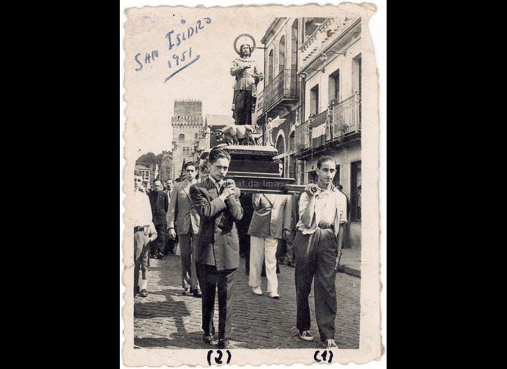 Procesión de San Isidro Labrador. / Foto Company [1951] / PROCEDENCIA: Recollida O Porriño. Album familiar de Joaquín Diz Tato