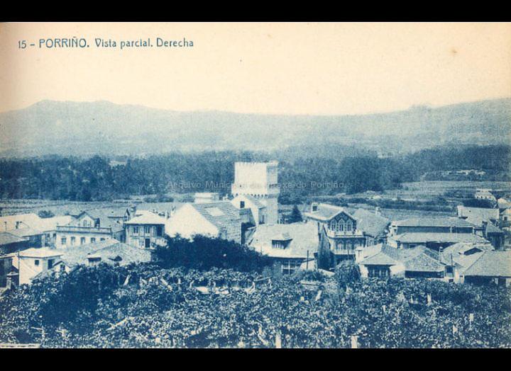 O Porriño. Vista parcial. Tarxeta Postal. / Fototipia Thomas (Barcelona) [1928-1929 (?)] / PROCEDENCIA: Recollida O Porriño. Album familiar de Victoria E. Troncoso Rodríguez