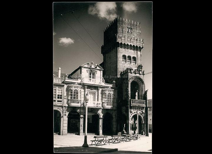 Praza do Arquitecto Palacios. Casa Consistorial. / Autor descoñecido. (Foto Alarde?) [1960 – 1970 (?)]