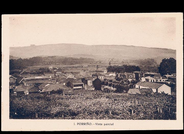 O Porriño. Vista parcial desde os Aloques cara ao Parque do Cristo. Tarxeta postal. / L. Roisin, fotógrafo [Ca. 1929]