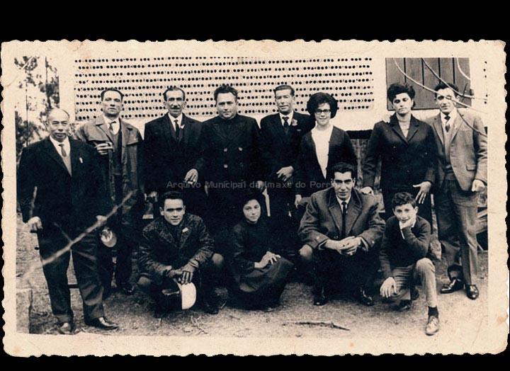 Ramo de Santo Estevo de Cans na casa de Luís Quintas nas Sequeiras. / Foto Magno [1966] / PROCEDENCIA: Recollida Cans. Album familiar de Carmen Quintas