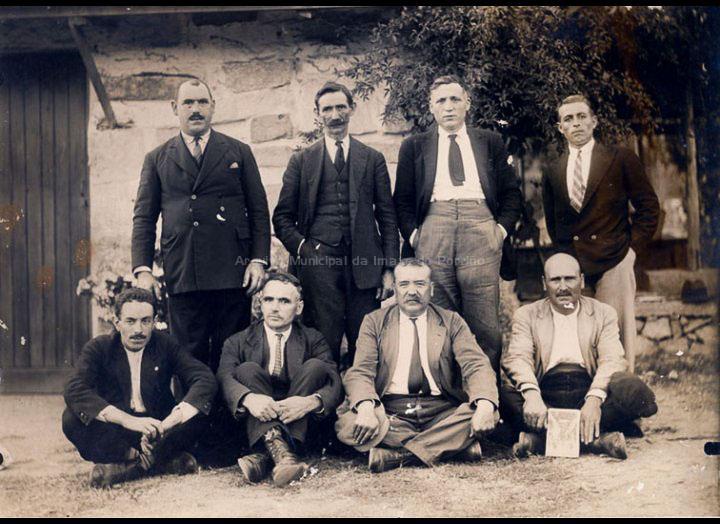 Membros do Partido Socialista do Porriño. Posiblemente a primeira executiva local. / José Moreira [1910 – 1928 (?)] / PROCEDENCIA: Arquivo Moreira