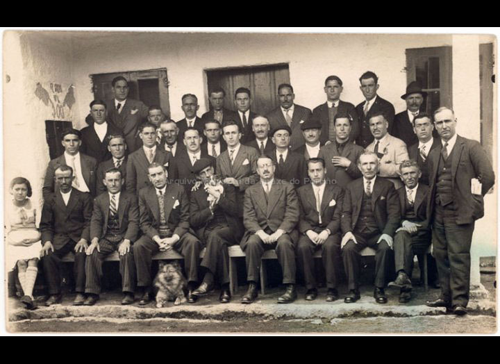Grupo de electricistas e tranviarios do Porriño nunha comida do 1º de Maio. / José Moreira [1920 – 1936] / PROCEDENCIA: Arquivo Moreira