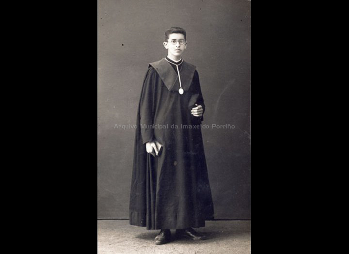 José Rodríguez Castro. Seminarista. / José Moreira [1928 - 1940] / PROCEDENCIA: Recollida O Porriño. Album familiar de Josefa Sío Casales