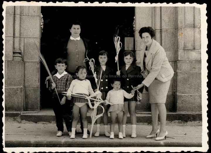 Domingo de Ramos. / Foto Ramiro [1961-1962] / PROCEDENCIA: Recollida O Porriño. Album familiar de Josefa Leirós Rodríguez