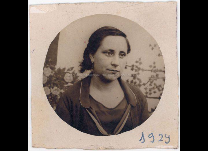 Sara Tato Estévez. / Autor descoñecido [1924] / PROCEDENCIA: Recollida O Porriño. Album familiar de Joaquín Diz Tato