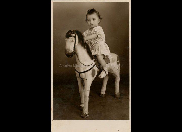 José Maceira Fernández. / Foto Federal (Río de Xaneiro – Brasil) [06 – 08 – 1943] / PROCEDENCIA: Recollida Mosende. Album familiar de Mª Carmen Maceira
