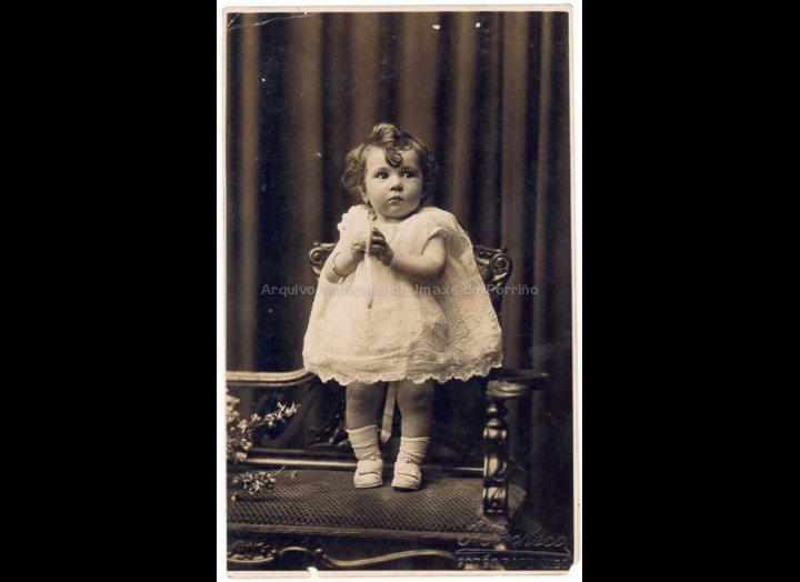 Isabel Domínguez Salgado. / J. Pacheco [1924 - 1925] / PROCEDENCIA: Recollida O Porriño. Album familiar de Isabel Domínguez Salgado