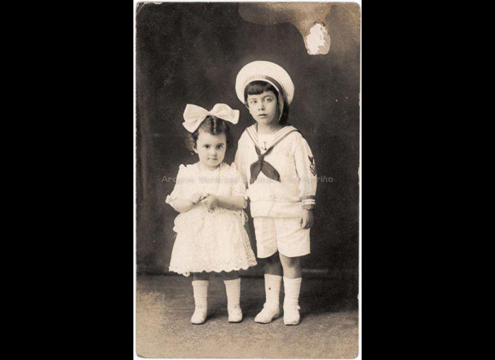 Pepito e Mª de las Nieves Remesar Coto. / Autor descoñecido [19 – 08 – 1923] / PROCEDENCIA: Recollida O Porriño. Album familiar de Anunciación Coto Maceira