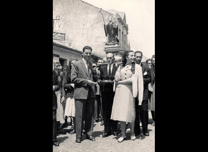 Procesión de San Bieito. / Autor decoñecido [1945-1955 (?)] / PROCEDENCIA: Recollida O Porriño. Album familiar de Josefa Sío Casales