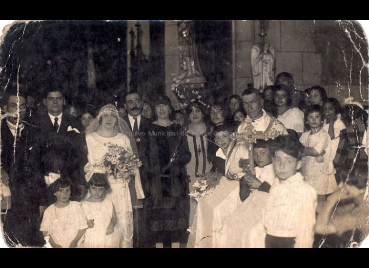 Voda na igrexa parroquial de Santa María do Porriño. / Foto Llanos [1920 - 1925] / PROCEDENCIA: Recollida O Porriño. Album familiar de Josefa Sío Casales