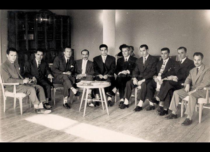 Inauguración do Círculo Recreativo Cultural. / Foto Ramiro [08 – 07 – 1956] / PROCEDENCIA: Recollida O Porriño. Album familiar de Consuelo Bermejo Prada