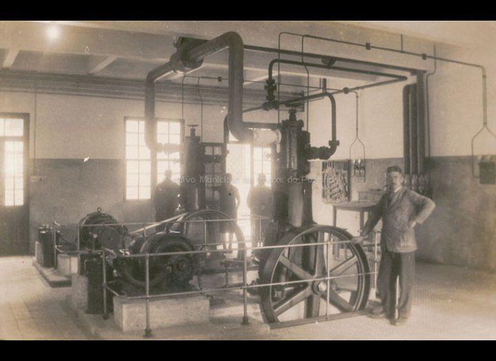 Compresores de frío do Matadoiro de MARUCOGA. / José Moreira [Ca. 1928] / PROCEDENCIA: Arquivo Moreira