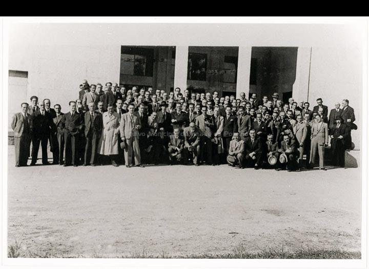 Inauguración dos laboratorios Zeltia S. A. / Autor descoñecido [Ca. 1939] / PROCEDENCIA: Doazón de Mª de las Nieves Isla Serrats