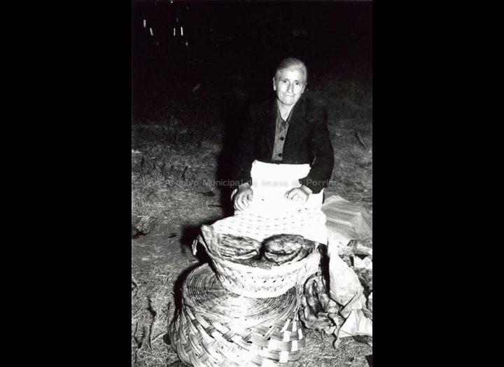 Perfecta Lorenzo Valverde, a empanadilleira. / Foto Magno [1950 – 1970 (?)] / PROCEDENCIA: Arquivo Magno