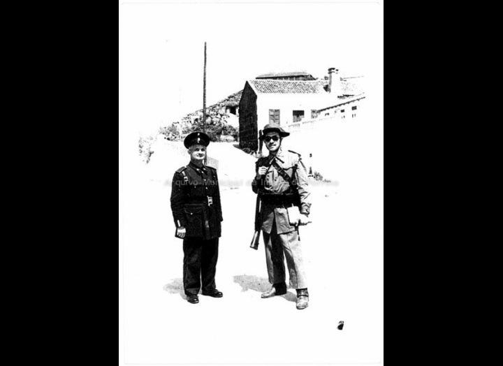 Policía Municipal e Garda Civil. / Foto Magno [1950 – 1970 (?)] / PROCEDENCIA: Arquivo Magno